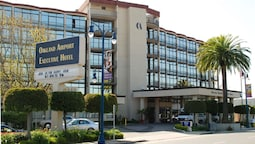 Oakland Airport Executive Hotel