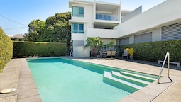 Boutique Broadbeach Living Near Convention Centre