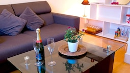 Apartment With 2 Bedrooms in Aix-les-bains, With Wifi - 2 km From the